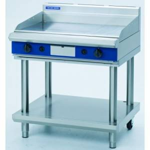 Blue Seal Heavy Duty Gas Griddle With Leg Stand 900mm Wide X 812mm Deep X 915mm High Model GP516-LS